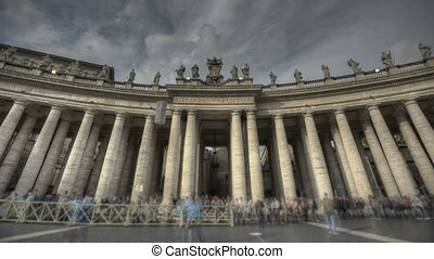 St. Peter's Square Rome - HDR Timelapse of St. Peter's...