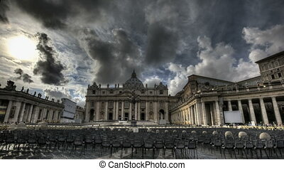 St. Peters Basilica Rome - Timelapse of St. Peter's Square...