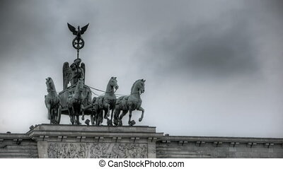 Quadriga - HDR-Timelapse of the Quadriga in Berlin with...