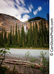 Takakkaw Falls - Yoho National Park, British Columbia,...