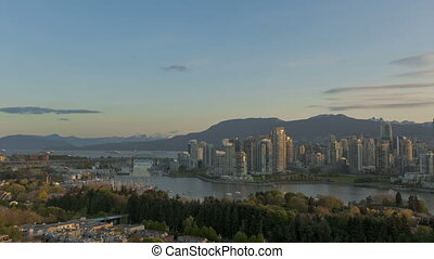 Timelapse Vancouver Skyline - Timelapse sunrise at Vancouver...