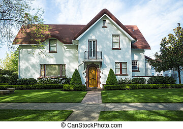 White American craftsman stucco house