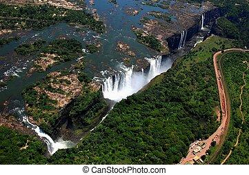 Victoria Falls Zimbabwe - The Victoria Falls in Zimbabwe