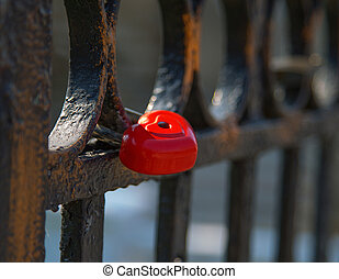 fence, lock heart