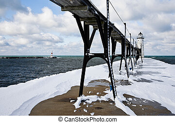 Great Lakes Lighthouse In Winter - Manistee Pierhead...
