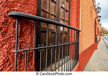 Red Colonial Wall