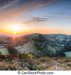 Sunrise at Corfe Castle - Sunrise overlooking the ruins of...