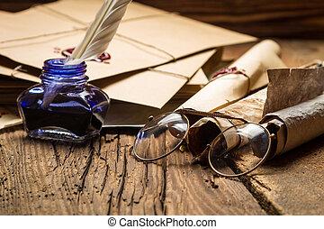 azul, tintero, anteojos, rodeado, antiguo, mensajes, enve
