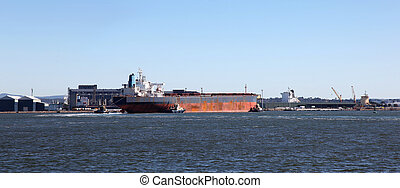 Coal Carrier - Newcastle Australia - Large coal carrying...