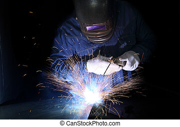 Metal welding with sparking