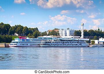 Main River Station in Yaroslavl - Ships of the moored at the...