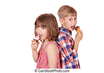 little girl and boy eating ice cream