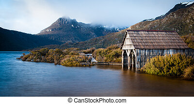 Cradle Mountain from Dove Lake - Dove Lake boatshed on an...
