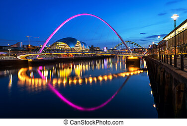 Millennium Bridge Newcastle - The Gateshead Millennium...