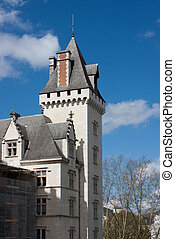 The castle of Pau - The facade of the castle of Pau in...