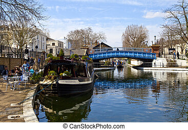 Little Venice in London - Little Venice - situated along the...