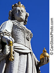 Queen Anne Statue at St. Paul's Cathedral in London