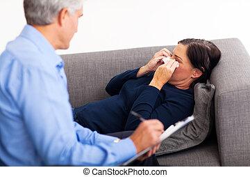 meio, envelhecido, paciente, chorando, Terapeuta, escritório