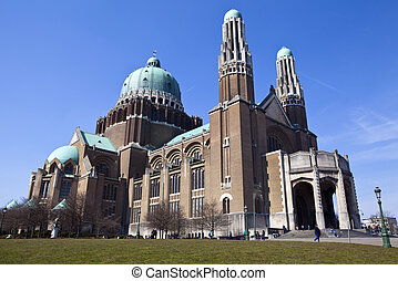 Basilica of the Sacred Heart in Brussels - The Basilica of...