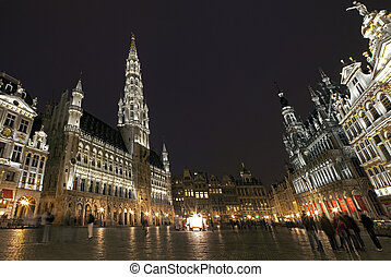 Panoramic View of Grand Place in Brussels - Panoramic view...