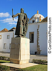 Faro old town square - A square in Faro called Largo Dom...