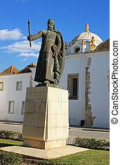 Faro old town square - A square in Faro called Largo Dom...