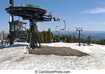 Mechanical skii lifts idle at Mt. Hood