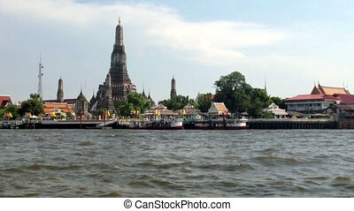 BANGKOK LANDMARK - TEMPLE OF DAWN - Wat Arun Temple Temple...