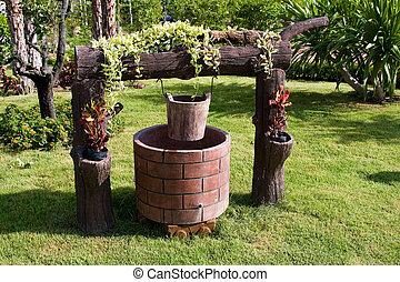 Draw-well, jardín