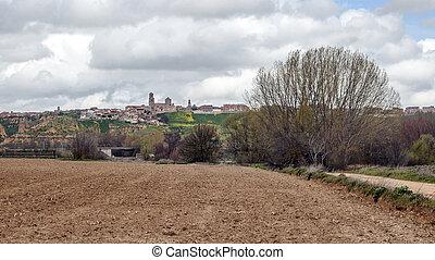 Toro village - Panoramic View of the Spanish city of Toro...