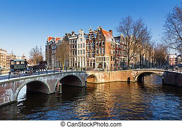 Amsterdam canal carriage - Beautiful sunny winter view on...