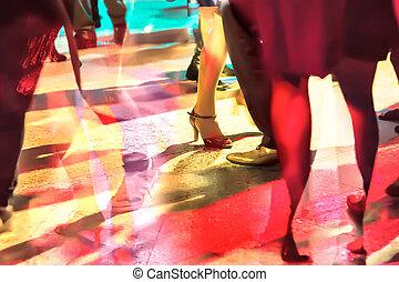 dancing people by long exposure
