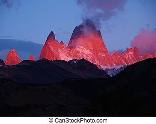 Shining Mount Fitz Roy - Cerro Chaltén 3375m, also known...