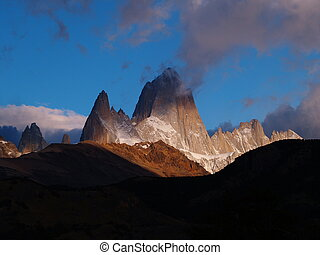 The Beauty of Mount Fitz Roy - Cerro Chaltén 3375, also...