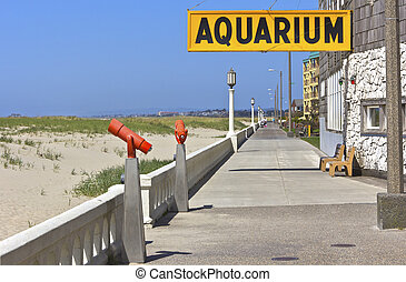 The boardwalk and the aquarium store Seaside OR - The...