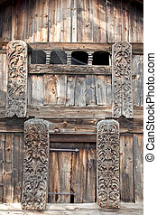 Platbands on windows - Facade of ancient house with the...
