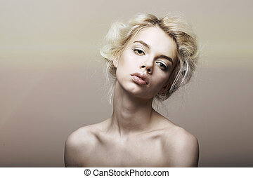 Character Individuality Genuine Sentimental Blond Hair Woman...