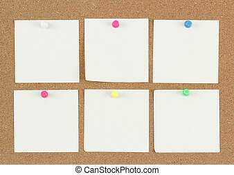 empty note papers on cork board