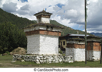 Bhutan, Paro valley, mani wall and chorten