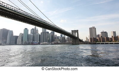 timelapse of brooklyn bridge, new york
