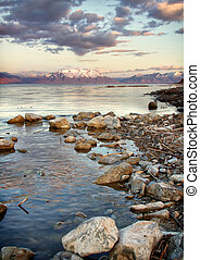 Mountain view of Utah Lake - Utah lake with Timpanogos...