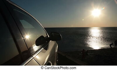 Drive to the summer beach vacations - Traveling by car to...