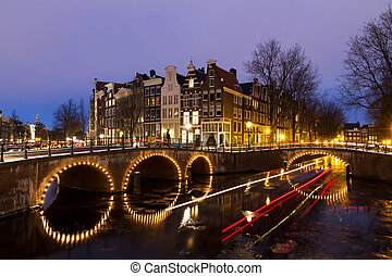 Twilight winter canal - Beautiful view on the canals of...