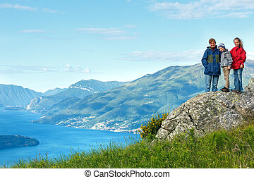Lake Como view (Italy) - Alpine Lake Como summer view from...