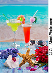 Cocktails margarita sex on the beach colorful tropical