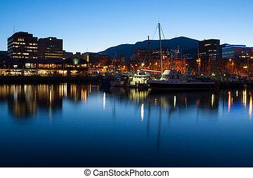 Hobart, muelle, anochecer