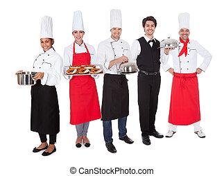 Grupo, cozinheiro, garçons