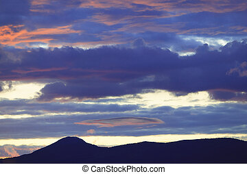 Glow after sunset, Stowe, Vt, USA - Alpen glow sunset over...