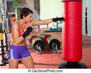 Crossfit, mujer, boxeo, rojo, perforación, bolsa