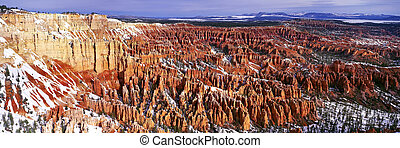 Sunrise panoramic view on Bryce canyon
